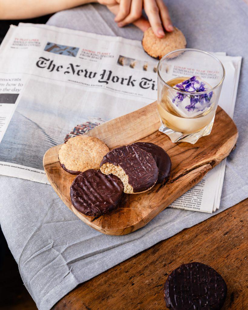 biscuit granola vegan