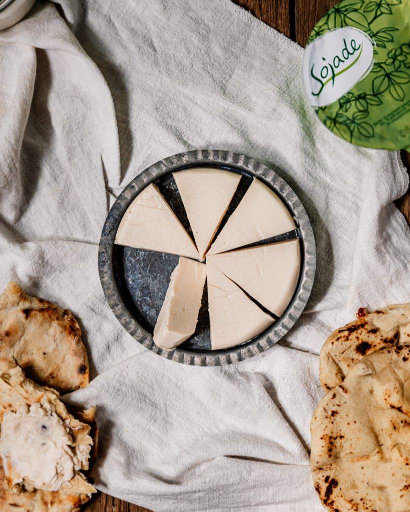 cheese naan et vache qui rit maison vegan - recette